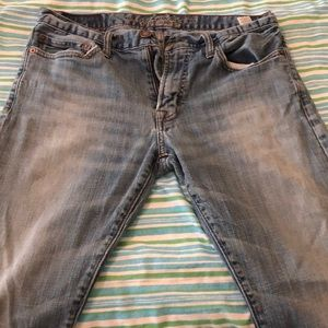 American Eagle light wash jeans (30x30)